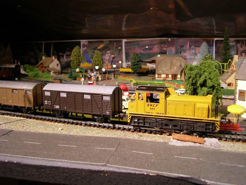 Gedeckter Güterwagen Gmh 39 der DB - Märklin #4506 10153914lh