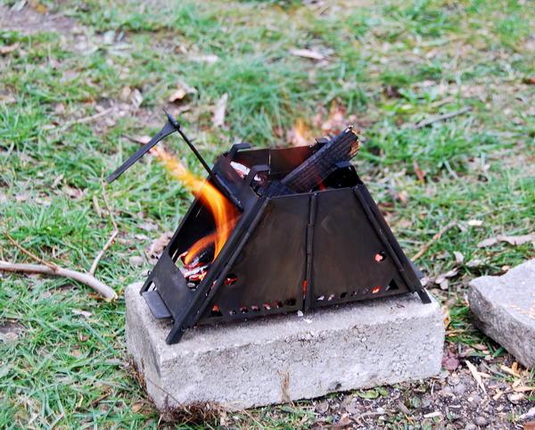 rauchabzug feuerstelle grillkota selber bauen u2013 bauplan f r eine finnische grillh tte. Black Bedroom Furniture Sets. Home Design Ideas