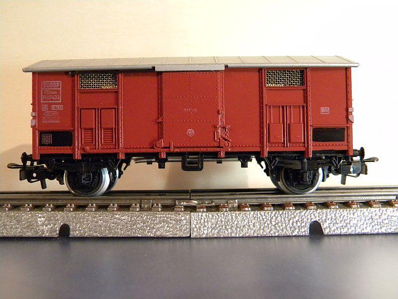 Gedeckter Güterwagen der FS, 2 Achsen, Märklin #4550 10218518bw