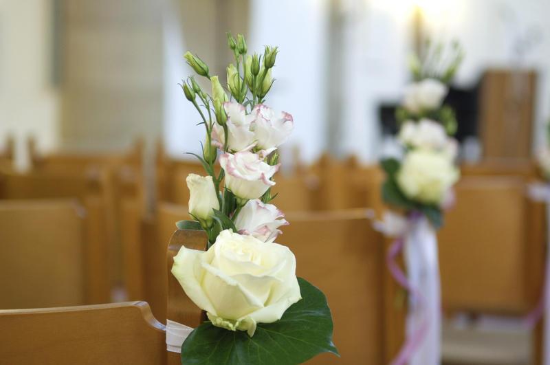 Thema anzeigen dekoration kirche for Dekoration hochzeit kirche