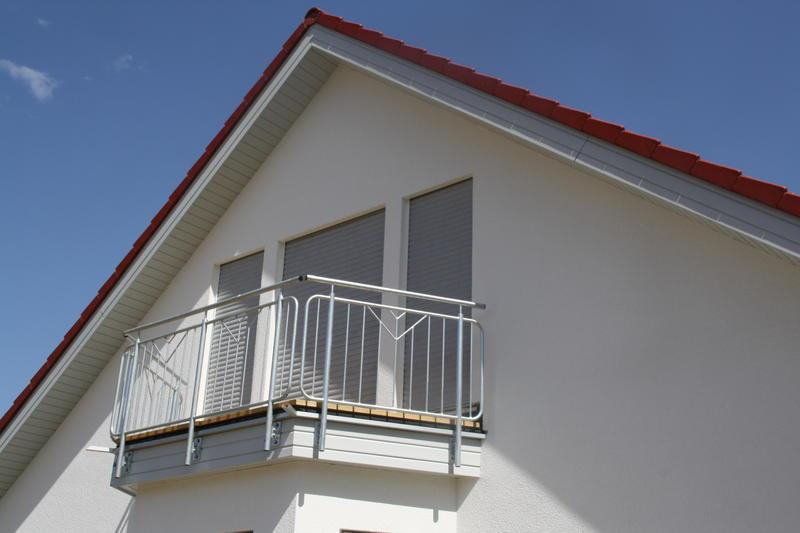 arvid und amelie brauchen eure hilfe wie mache ich ihren neuen balkon katzensicher. Black Bedroom Furniture Sets. Home Design Ideas