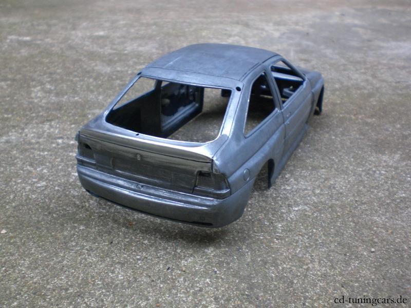 Ford Escort Cosworth lila