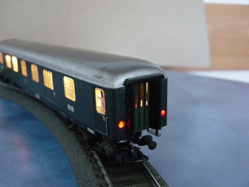 D-Zug-Gepäckwagen mit Schlußlichter (Art.Nr.4044) 10480866df