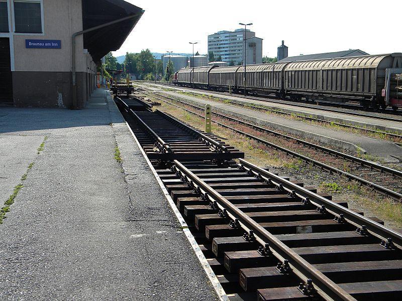 Bahnhof Braunau am Inn: Gleisgroßbaustelle 10608016uy