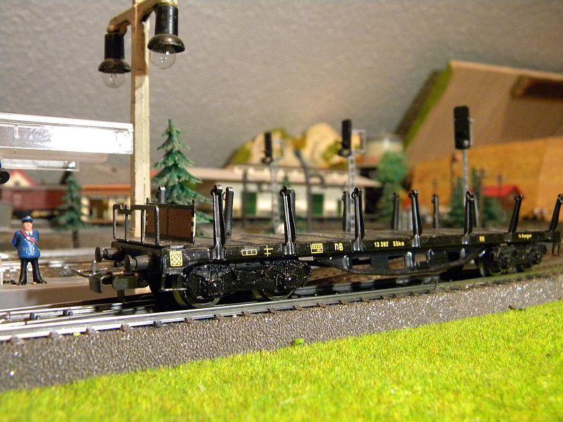 Märklin 4516 / Märklin 392C: Rungenwagen, schwarz 10628512zn