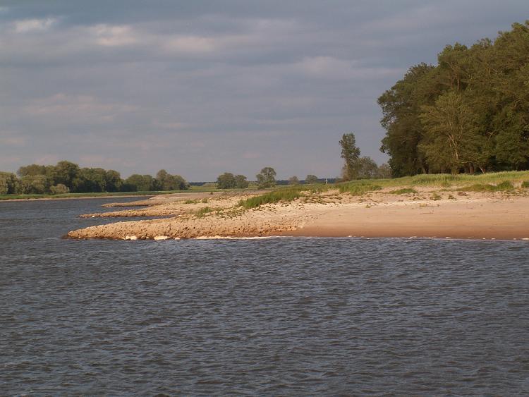 Bilder der Elbe 10669071dg