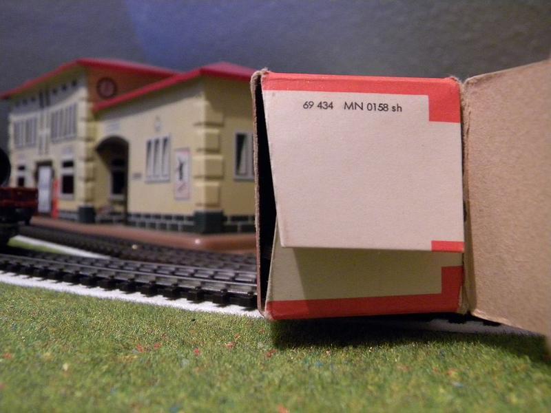 Niederbordwagen Rmms 33 der DB - Märklin-Nummer 4616 10714513bv