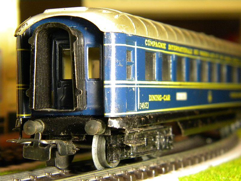 Speisewagen (Schürzenwagen), dunkelblau: Märklin-Nummer 346/2J bzw. 4009 10715400mk