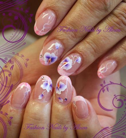 Роспись ногтей салон