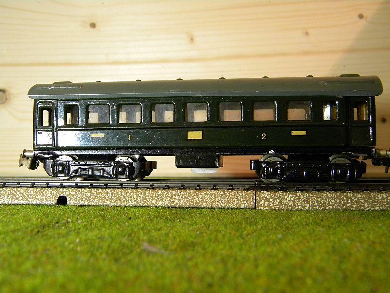 D-Zug-Wagen 1. und 2. Klasse, grün; Märklin-Nummer 341-4 (1938/1939) 10764321rq