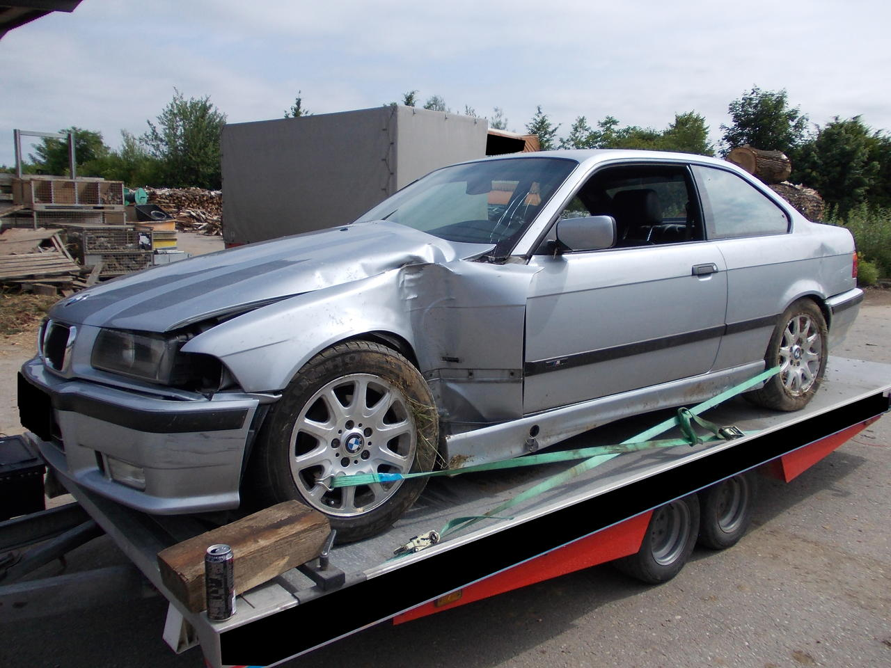 e36 unfall lohnt sich reparatur 3er bmw e36 forum. Black Bedroom Furniture Sets. Home Design Ideas