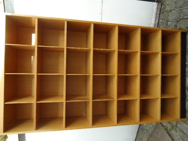 Vecchio scaffale armadio kontor mobili bauhaus divisori for Mobili bauhaus repliche