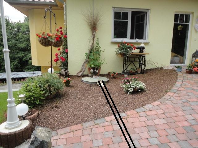 umgestaltung vorgarten auf einem gastank mein sch ner garten forum. Black Bedroom Furniture Sets. Home Design Ideas