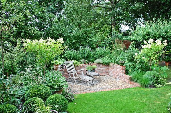 Eure gartenbilder beete gestaltungsideen 2011 2012 for Gartengestaltung mit buchs und hortensien