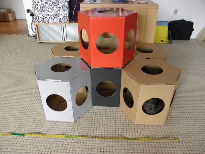 cats stackable boxes katzen forum bergkatzen. Black Bedroom Furniture Sets. Home Design Ideas