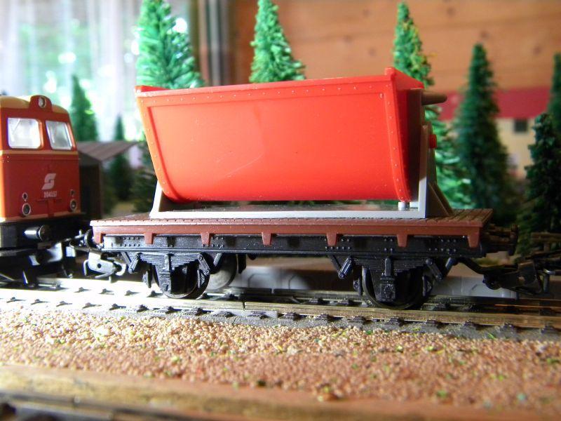 Gemischter Güterzug unterwegs im Innviertel 11398373rz