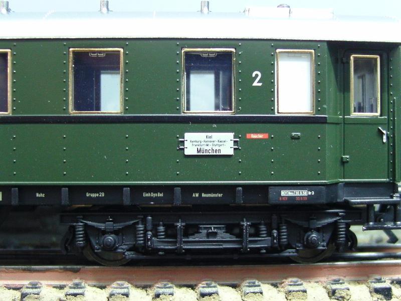 Trix Express H0 Drehgestell-Rahmen für D-Zugwagen #1