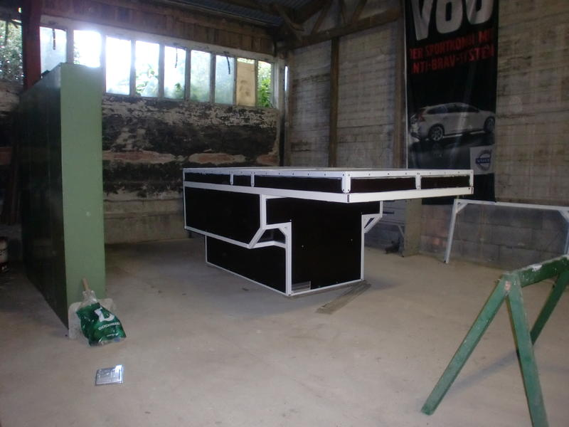das offroad forum d22 mit wohnkiste. Black Bedroom Furniture Sets. Home Design Ideas