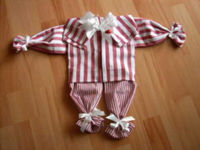 Freizeit, Hobby » Schlafanzug aus Geschirrhandtüchern