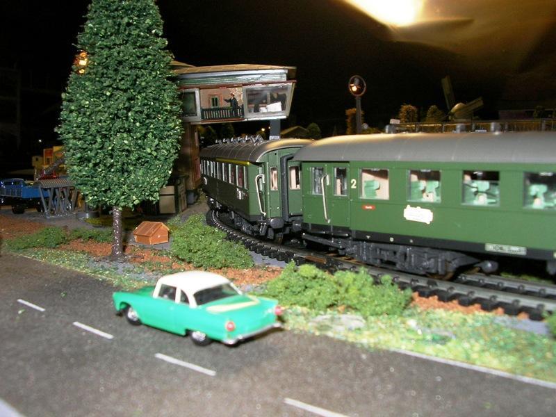 Modellbahn muss nicht teuer sein - Seite 2 11998234fq