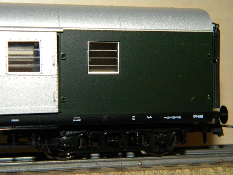 Roco 4achsiger Spanten-Gepäckwagen Nr. 64262 12036069pp