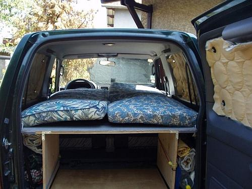 Interior construction SUV, sleeping platform, drawer system