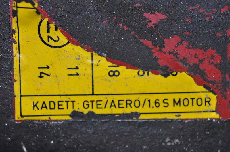 opel kadett c aero 12506904rb