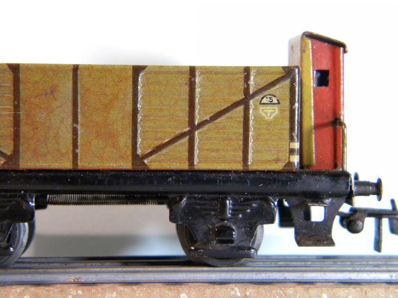 Märklin 371 Offener Güterwagen mit Bremserhaus 12527439yw