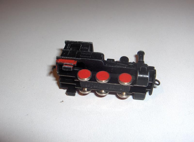 Noch ein paar Bilder von der Minitrix Schiebebahn 12631834yn