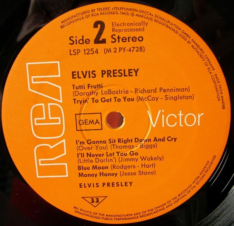 ELVIS PRESLEY 12664071ui