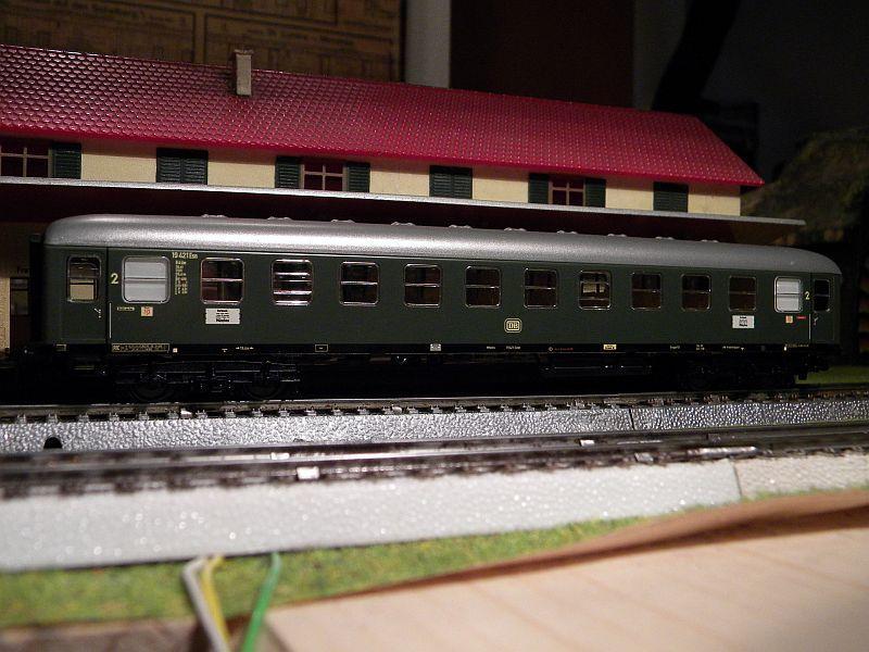 Märklin 0766-2 D-Zug-Wagen DB grün 12823173lh