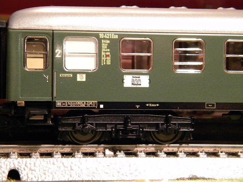 Märklin 0766-2 D-Zug-Wagen DB grün 12823174qu