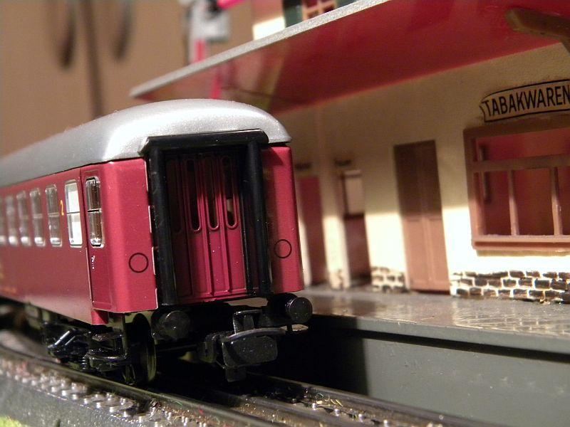 Märklin 0766-7 D-Zugwagen DSB, rot 12823201uz