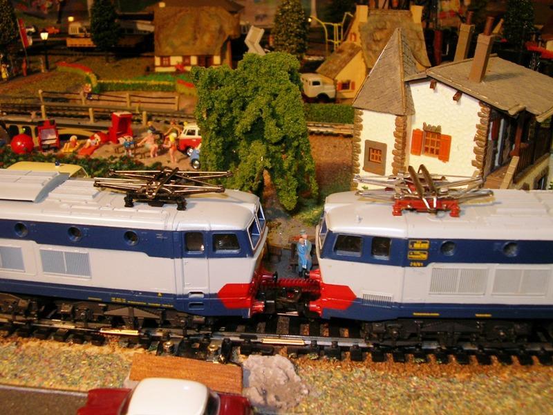 FS E 656 blau / grau 12918187gb