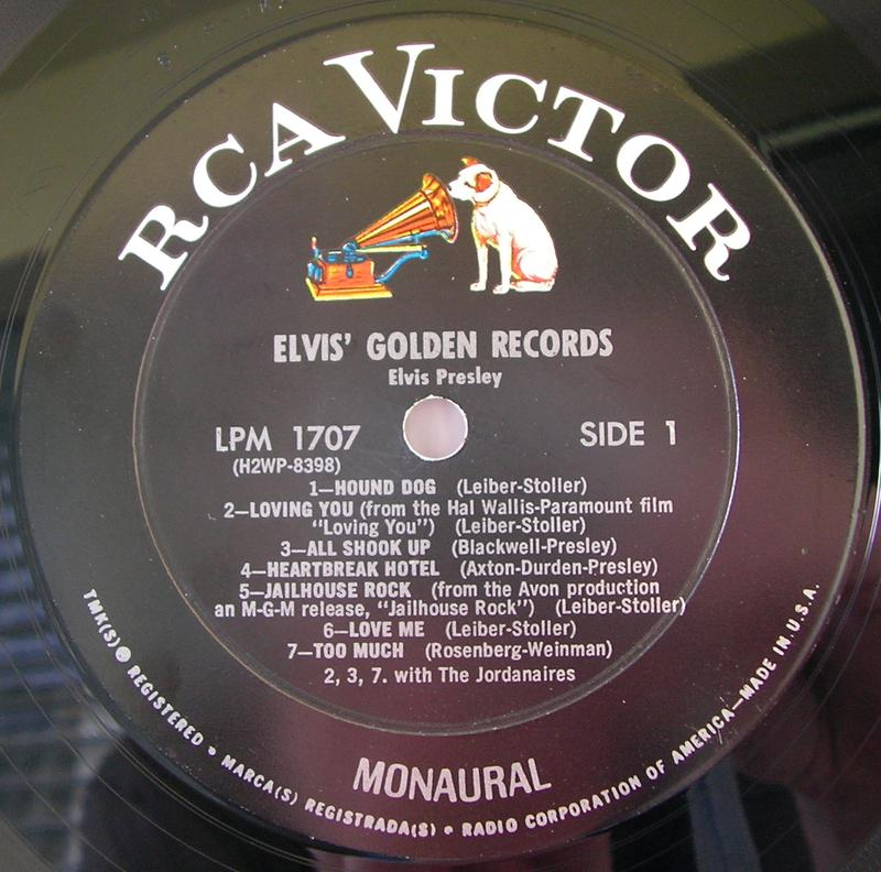 ELVIS' GOLD RECORDS  12918419ud