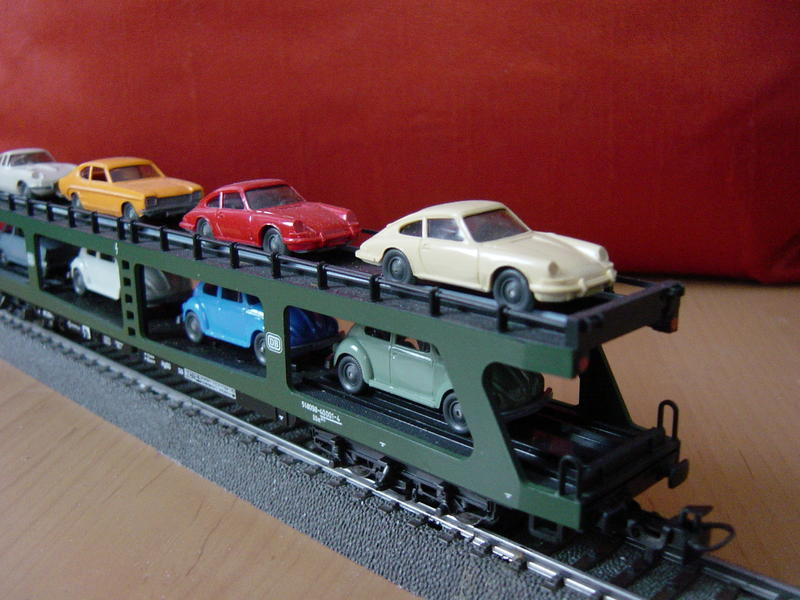 Reisezug-Autotransportwagen (MÄRKLIN Art.Nr.4074) 13093972ka
