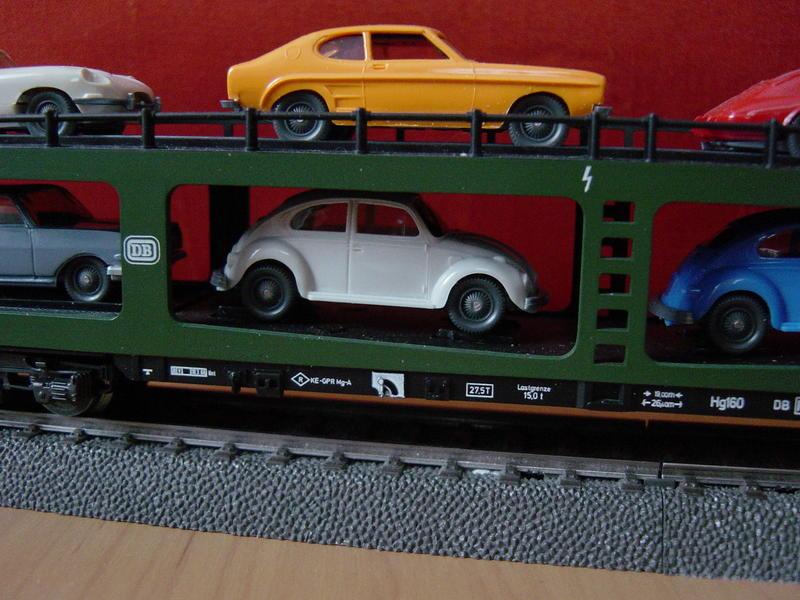 Reisezug-Autotransportwagen (MÄRKLIN Art.Nr.4074) 13093976vc