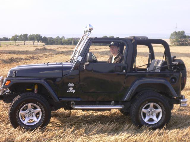 Need Pics Of 4 Inch Lift On 31 Tires Jeepforum Com
