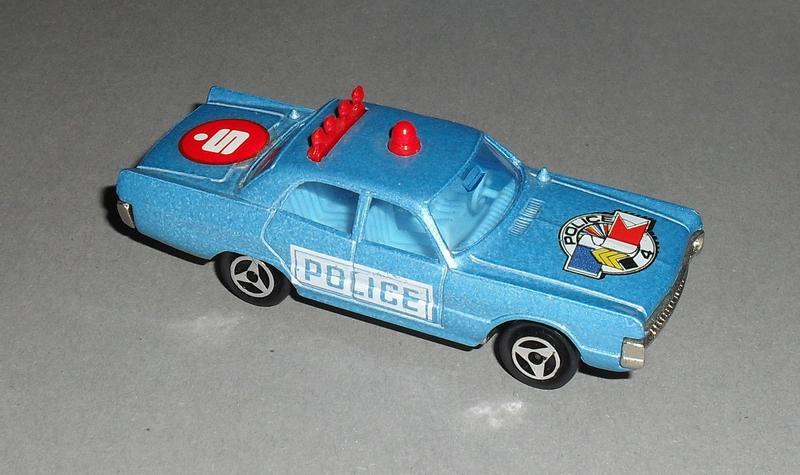 N°210 Volkswagen Golf I 13346573nf