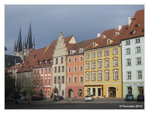 Marktplatz & Kirche St. Nikolaus