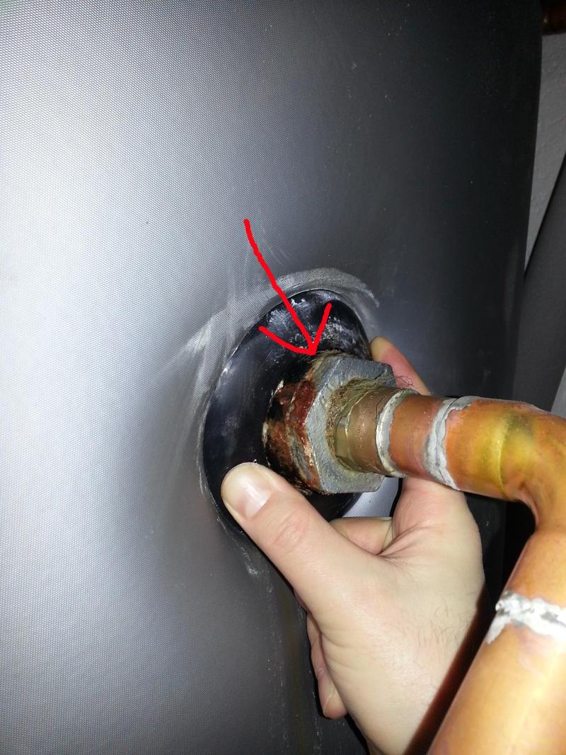 Geschirrspülmaschine Wasser Ablassen = undichte schraubverbindung abdichten ohne wasser ablassen