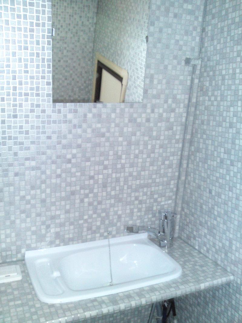 pvc wandbelag dusche ber autos in der zukunft. Black Bedroom Furniture Sets. Home Design Ideas