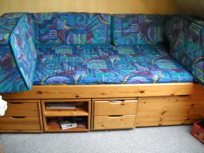 verkaufe schlafsofa in pulheim zu verkaufen. Black Bedroom Furniture Sets. Home Design Ideas