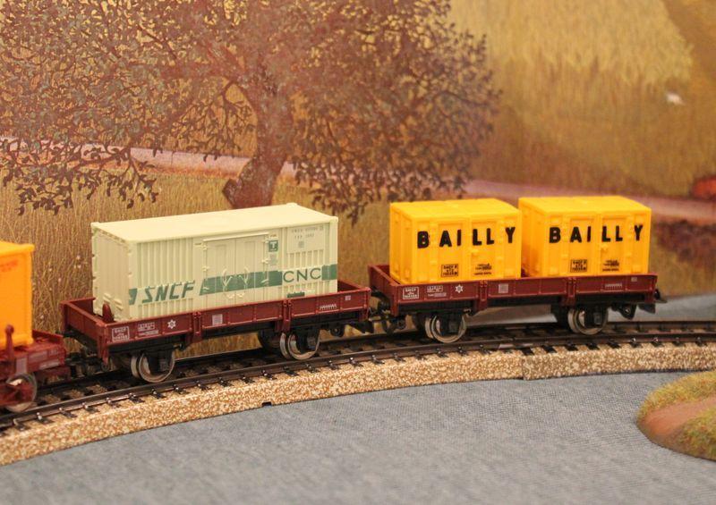Züge bunt gemischt... 14019038df