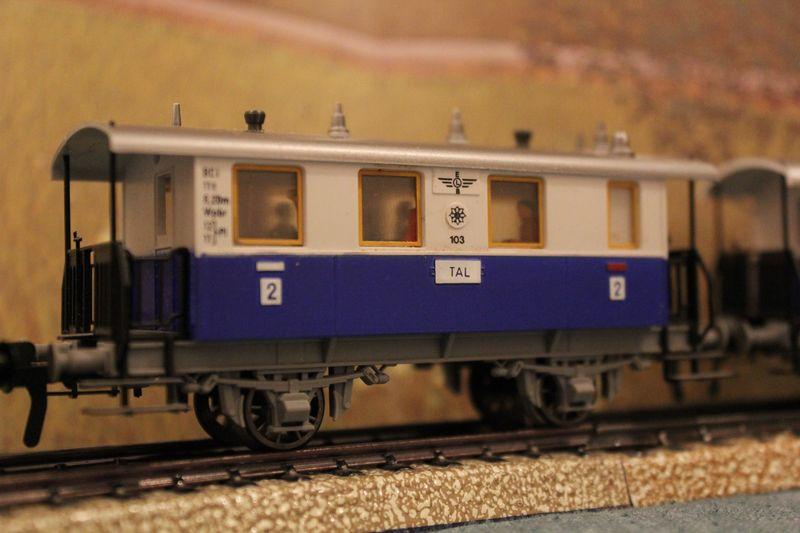 Züge bunt gemischt... 14019070at