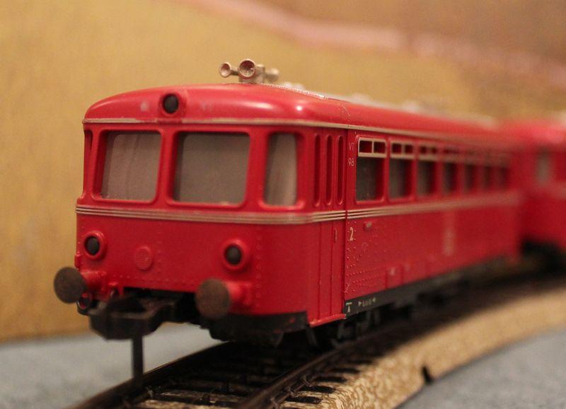 Züge bunt gemischt... 14019078so