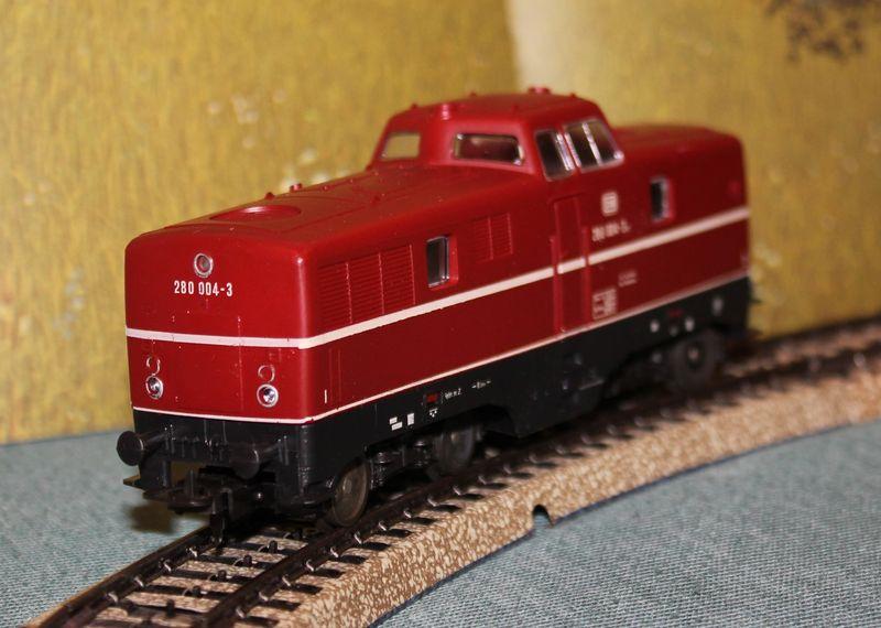 Züge bunt gemischt... 14019111pl