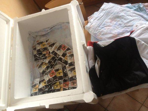 Futter- und Deckenspenden, sowie eine grooße Box