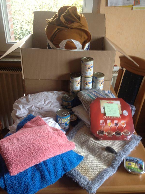 Decken- und Futterspenden, sowie was für die Zweibeiner