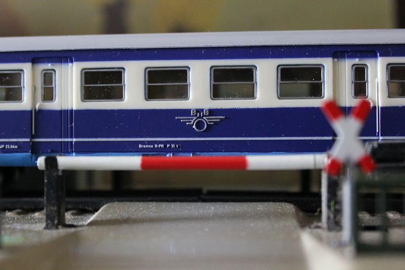 Züge bunt gemischt... 14045422vx